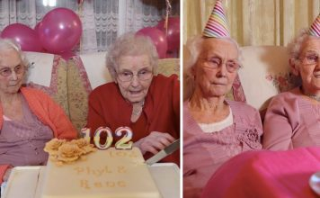 britain oldest twins aged 102