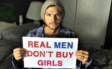 Ashton Kutcher saved girls